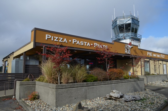 The Hub Restaurant at Tacoma Narrows Airport - Gig Harbor